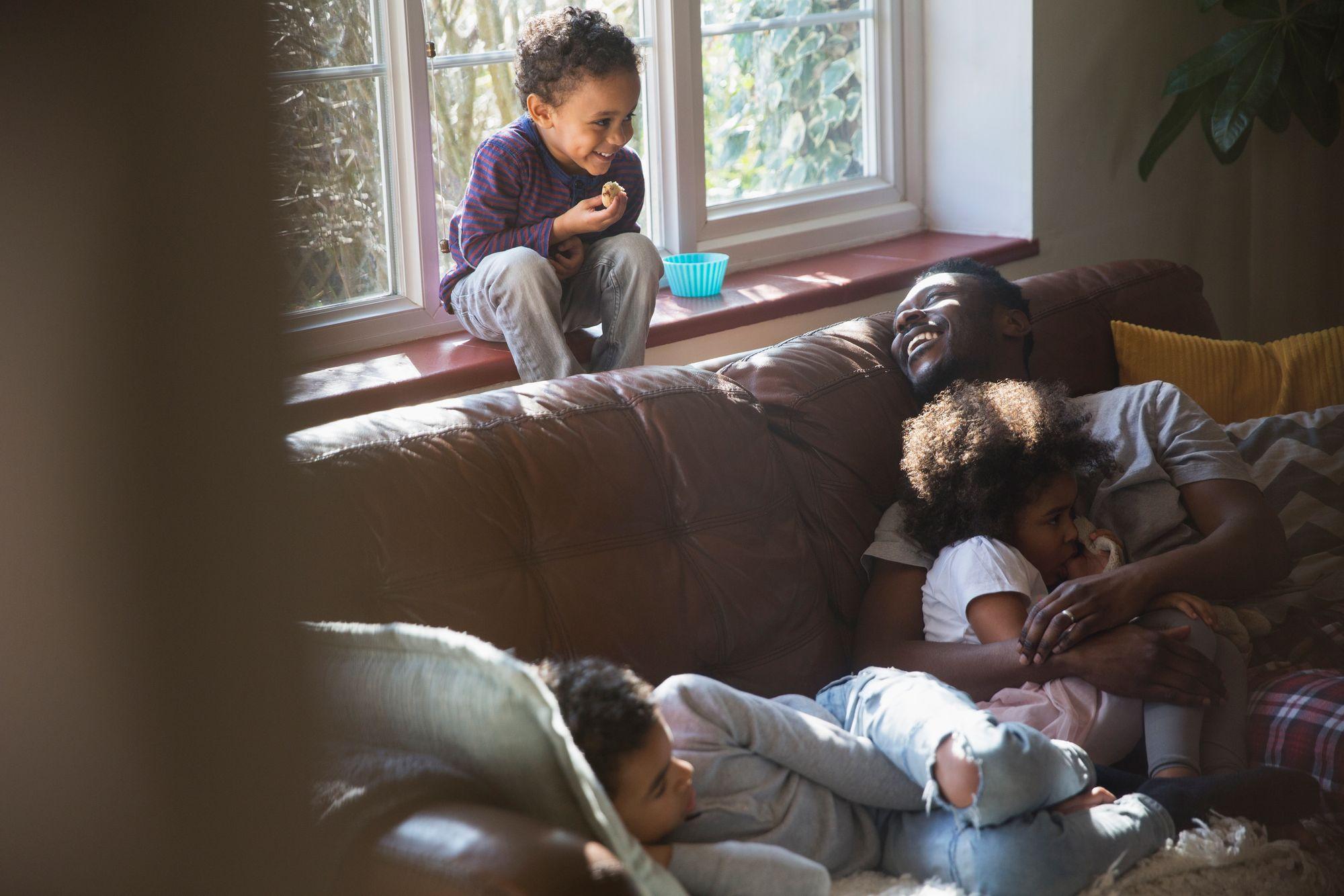Kinder-Urlaub-Haustausch-Familie-Ferien
