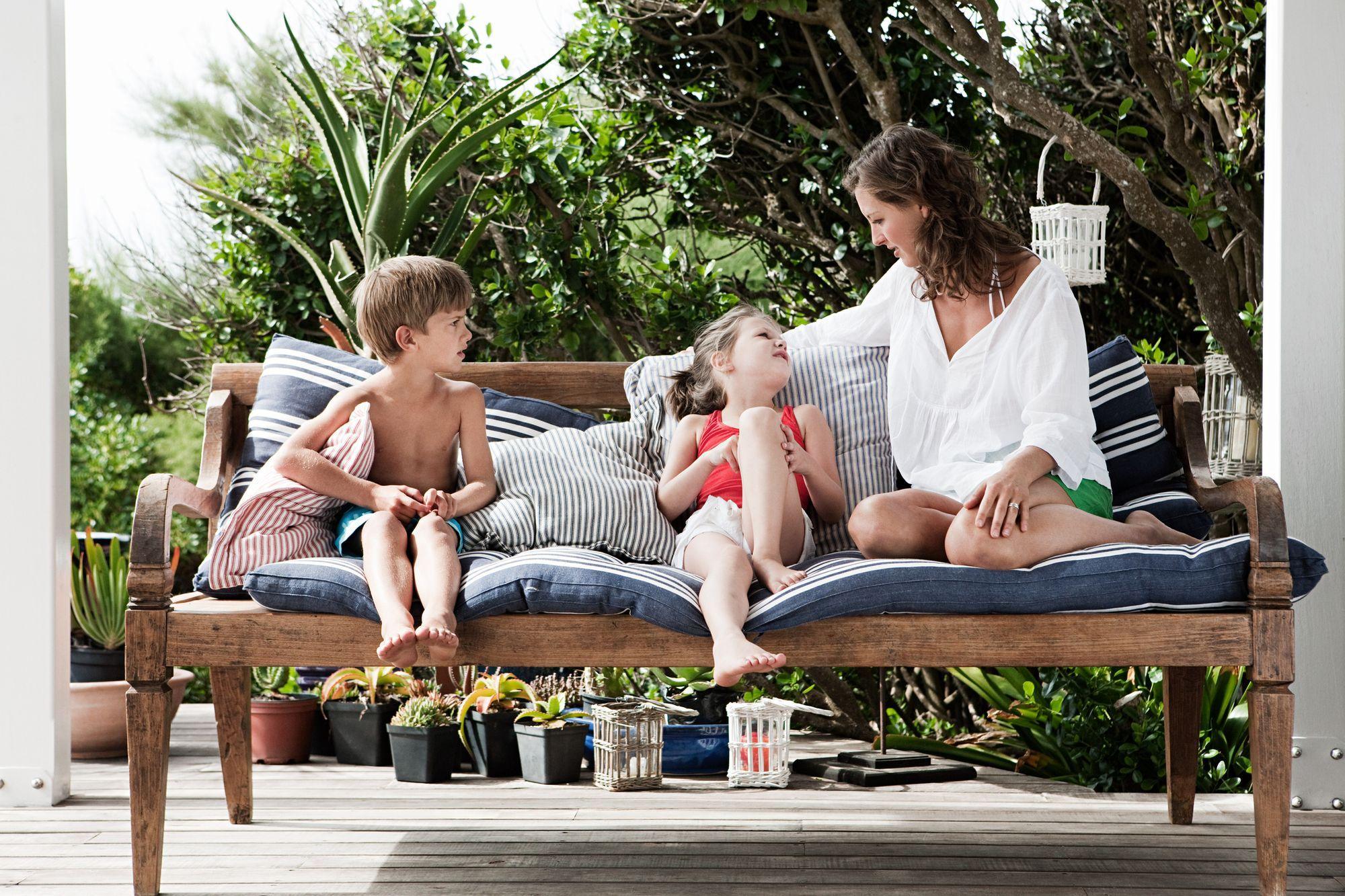 Kinder-Urlaub-Haustausch-Familie-Sommerferien