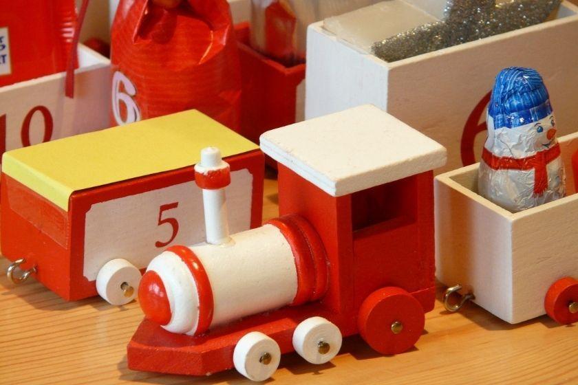 alt Weihnachten-holz-ethisch-okologisches-spielzeug, title Weihnachten-holz-ethisch-okologisches-spielzeug