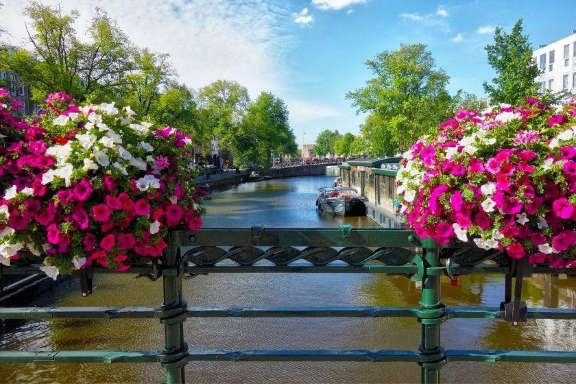 alt Amsterdam_Urlaub_HomeExchange, title Amsterdam_Urlaub_HomeExchange